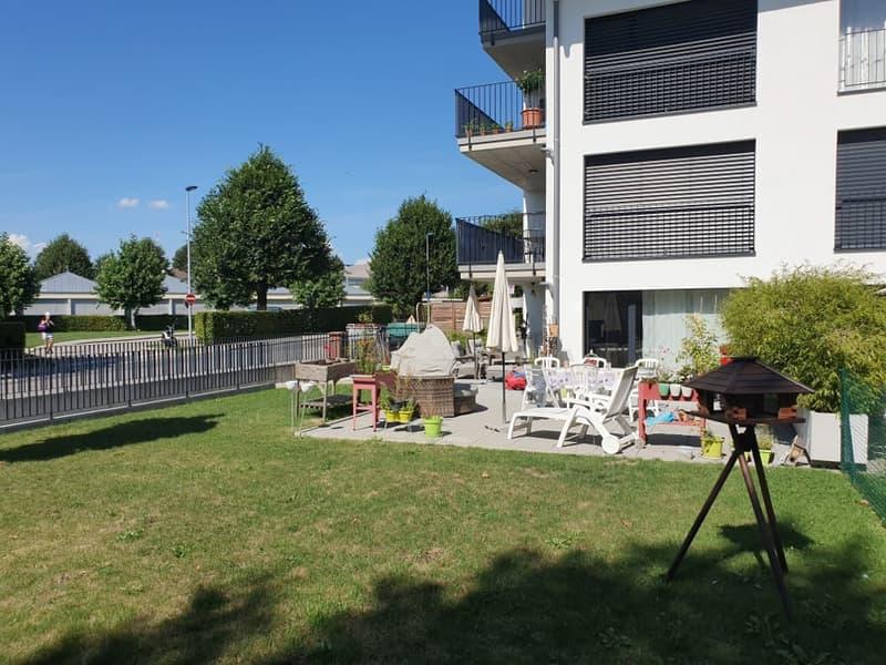 Superbe appartement récent de 3.5 pièces à louer à Cheseaux-sur-Lausanne avec terrasse et jardin