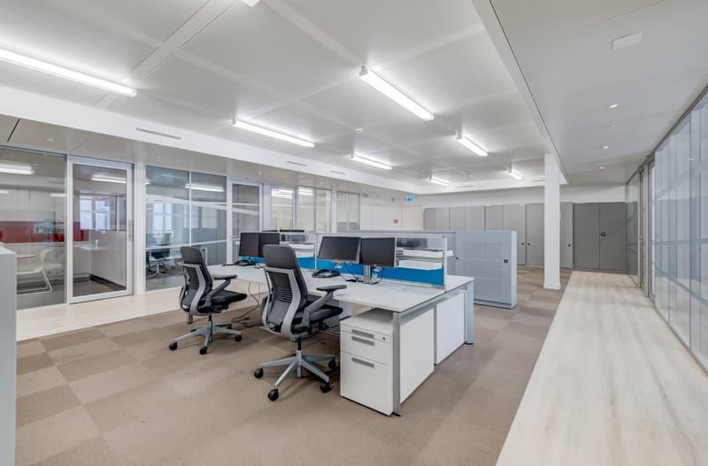 608 m² de bureaux à louer immédiatement (4)