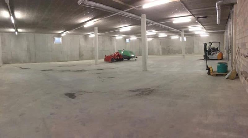 A louer dépôt de 528 m2 en sous-sol accessible en camion à Mathod VD