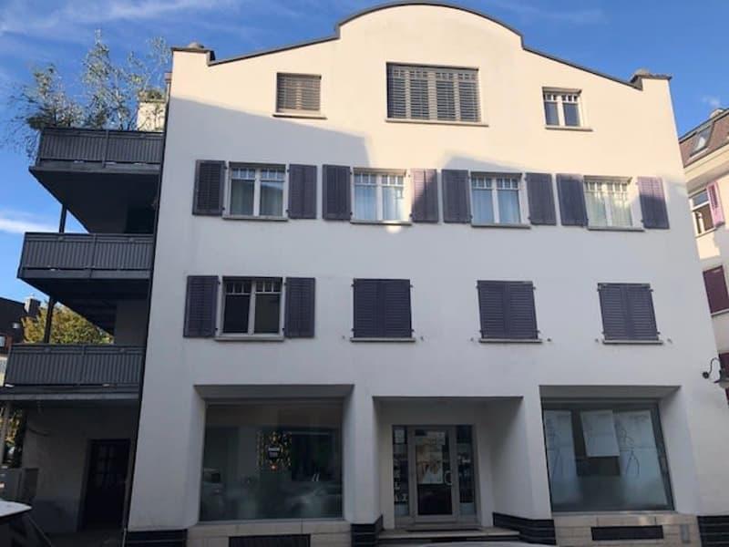 Wohn-/Geschäftshaus mit Charakter aus den 20er Jahren
