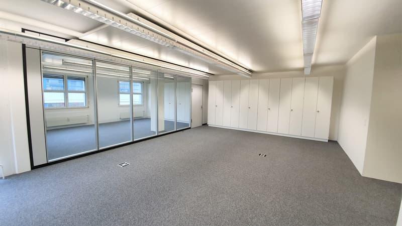 Hochwertiges Büro für bis 10 Personen (3)