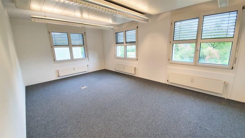 Hochwertiges Büro für bis 10 Personen (4)
