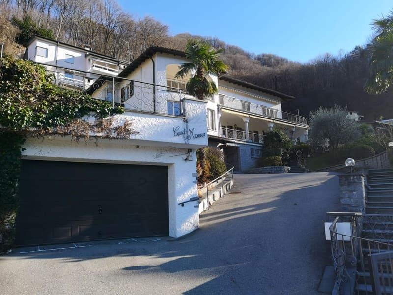 Incantevole villa sul lago di Lugano