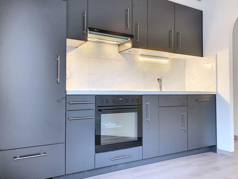 Spacieux appartement rénové de 3.5 pièces dans un quartier calme, à proximité immédiate de la gare de St-Léonard (4)