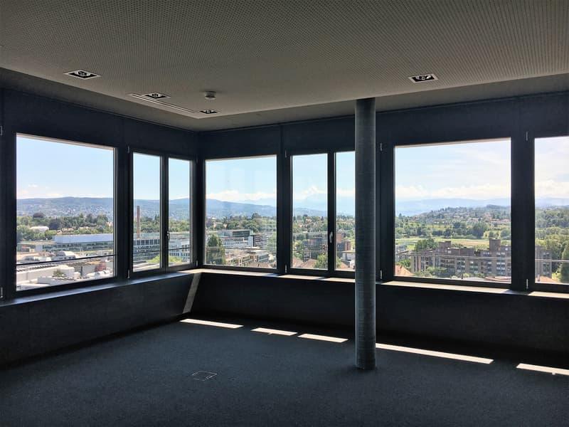 Moderne und bezugsbereite Büros mit 360° Sicht über Zürich - befristete Miete bis 31.10.2022 möglich (2)