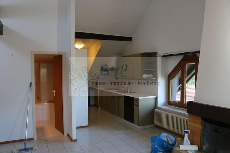 Appartement de charme de 3.5p sous les toits au centre du village d'Auvernier
