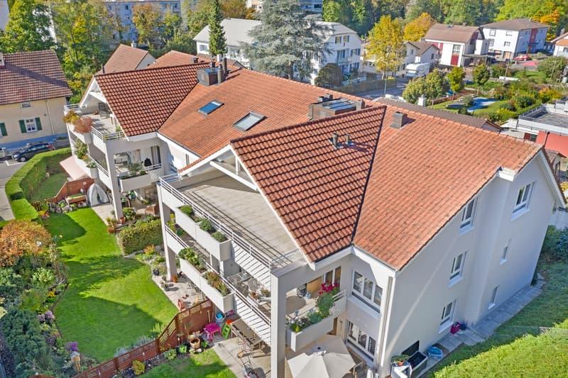 Attraktive Dachwohnung mit direktem Lift-Zugang und Einstellhallenplatz