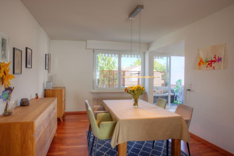 Moderne Maisonette-Wohnung mit Doppelgarage