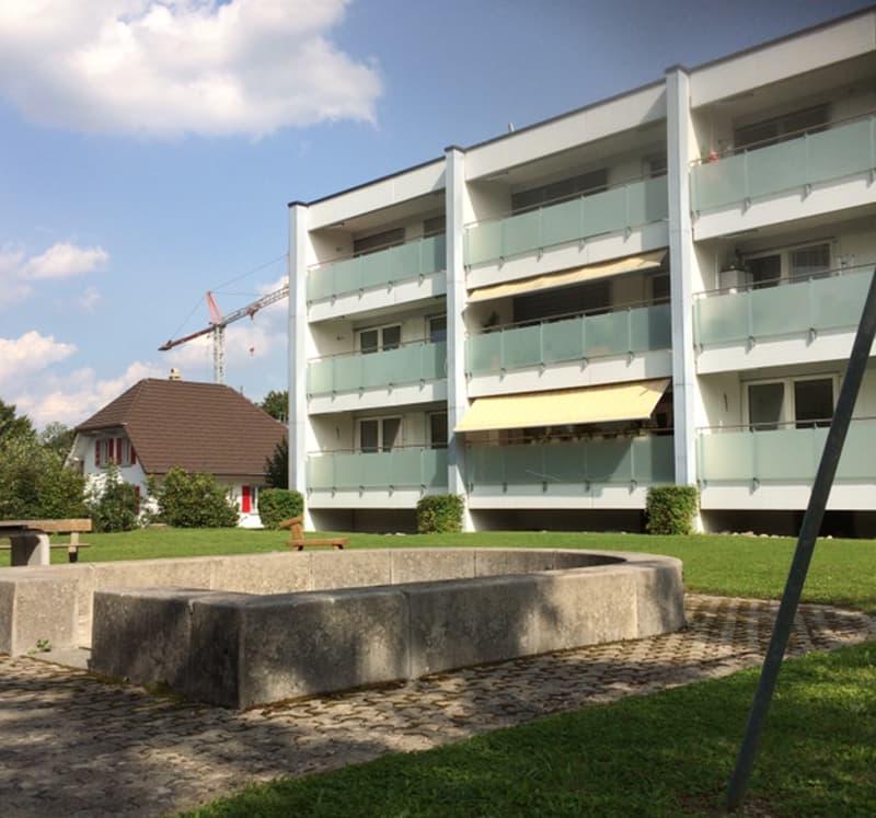 (2 Monate Gratis Wohnen!) Schöne 4 1/2 - Zimmerwohnung an sonniger Lage