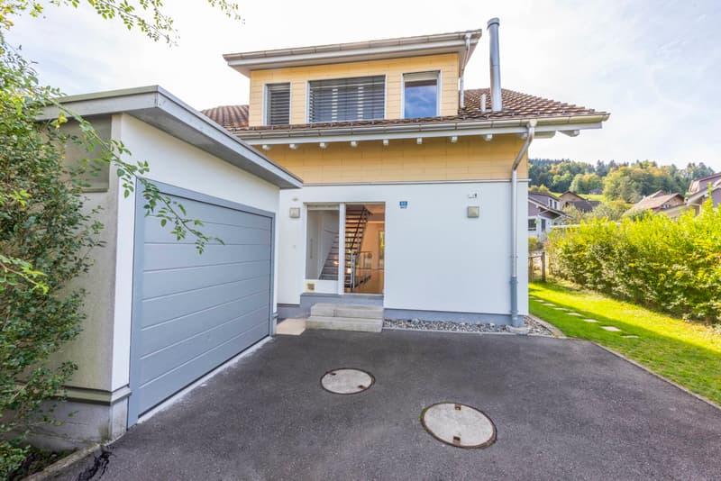 5½-Zimmer-Einfamilienhaus mit Studio - idyllisch gelegen mit privatem Seezugang in Wilbrunnen (2)