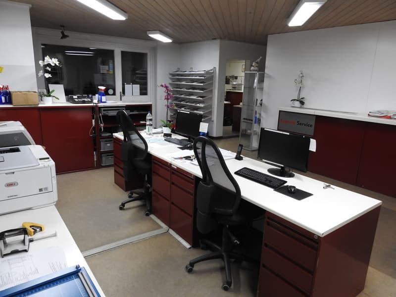 Büro- und Lagerräumlichkeiten ab 68 m2 - ca. 375 m2.