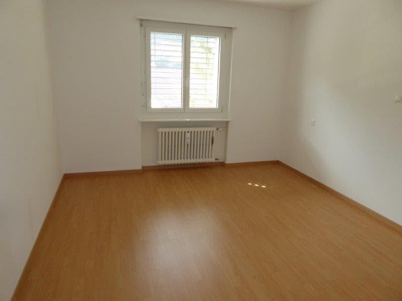 Geräumige, Schöne, helle 3 Zimmer Wohnung (4)