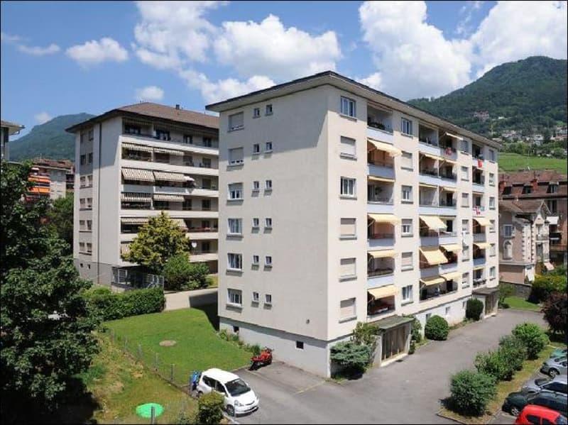 Appartement de 3.5pces sis 3ème étage.
