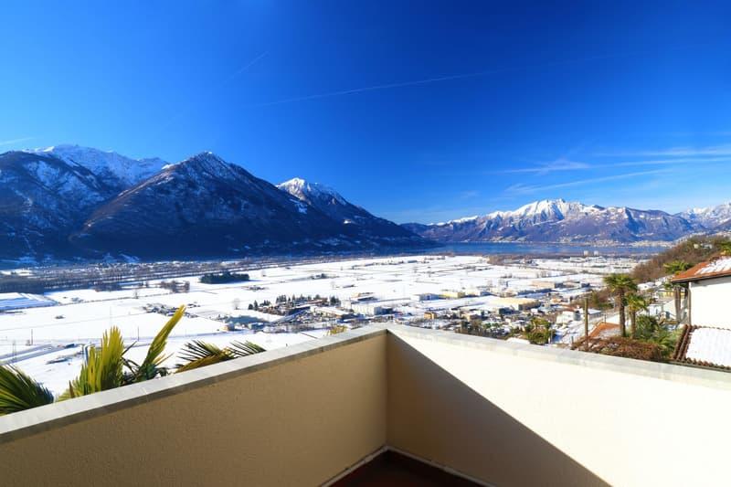 AGARONE - Residenza Agarone: appartamento mansardato con vista sul Lago Maggiore