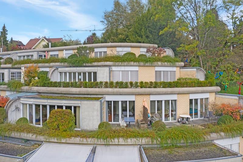 Grosszügige 4.5 Zimmer-Terrassenwohnung an sonniger Wohn- und Aussichtslage