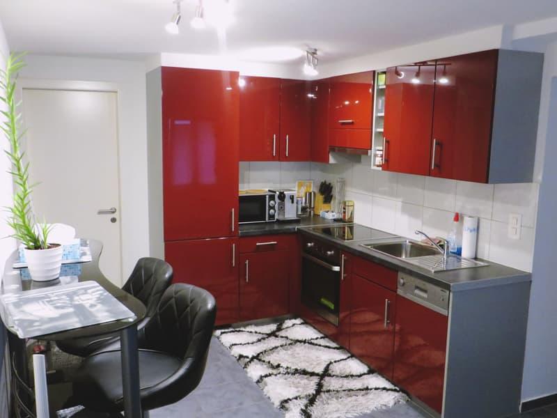 gemütliche und gepflegte 2.5-Zimmer-Wohnung im Erdgeschoss