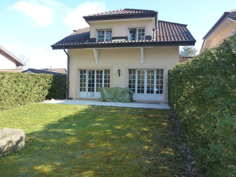 Suberbe villa jumelée - 6 1/2 pièces - Veyrier