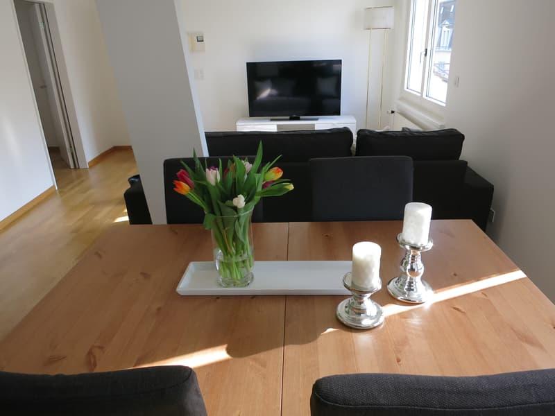 Möblierte 3.5-Zimmer-Dachwohnung an bester Lage in Zürich-City