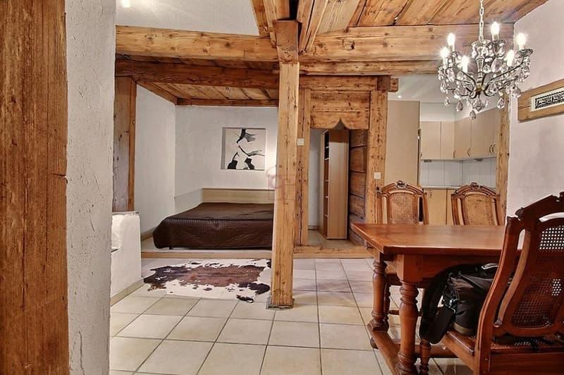 Maison - Rougemont Charmante maison mitoyenne du 15ème siècle