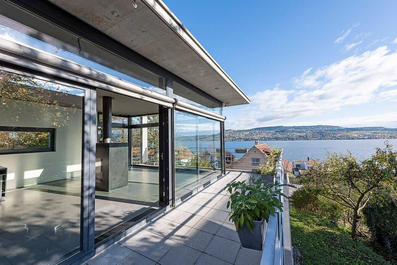 5.5-Zi-EFH an Traumlage mit Panorama-Aussicht über den Zürichsee