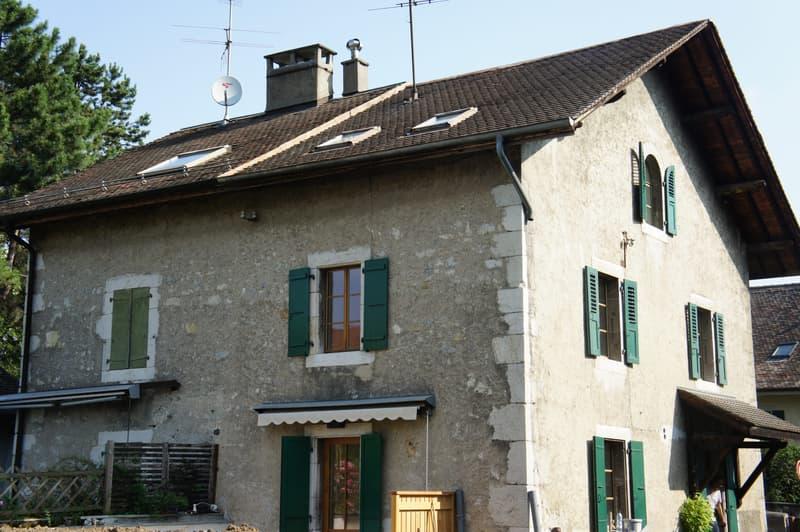 Ancienne maison villageoise rénovée à Veyrier