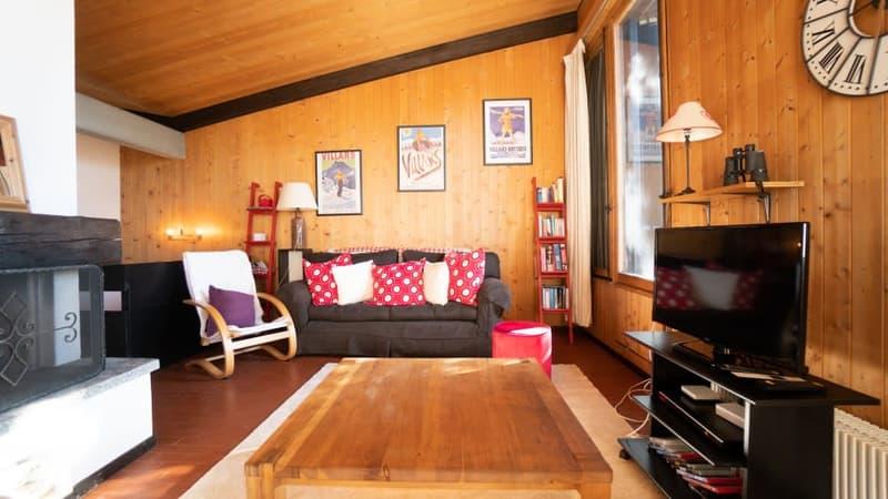 Home Story vous propose un joli chalet mitoyen de 4 pièces sur 2 niveaux avec petit jardin à 150m du téléski (3)