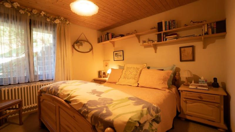 Gryon Immo vous propose un spacieux 2 pièces au rez-de-chaussée avec belle terrasse sud (3)
