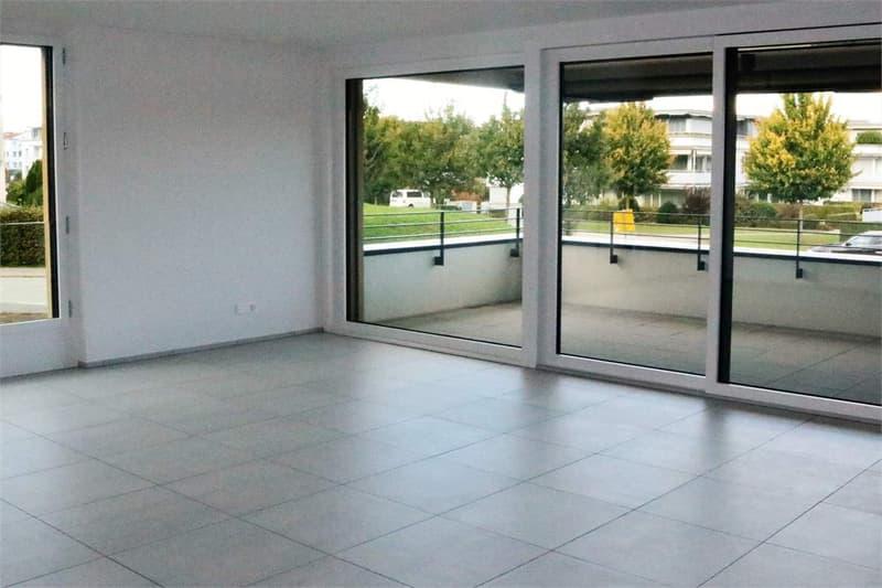 Grosse 3.5 Zimmer Neubauwohnung im Eigentumstandard