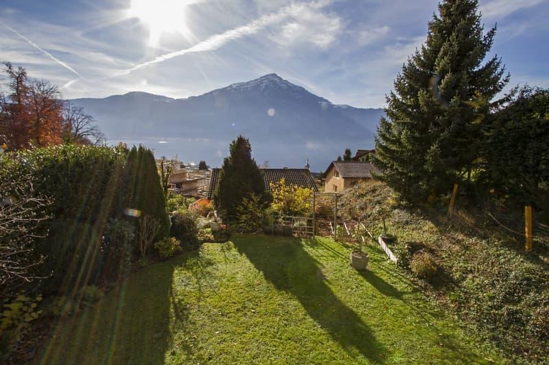 Einfamilienhaus mit schöner Seesicht und grossem Garten