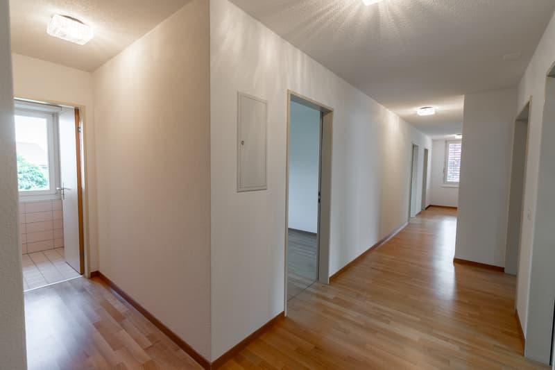 Schöne helle 4.5 Zimmerwohnung im Grünen