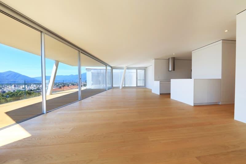 Traumhaft moderne Wohnung als Zweitwohnsitz im sonnigen Tessin. (4)