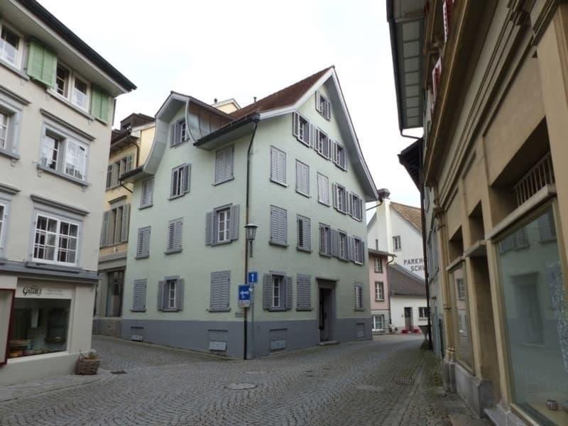 Charmante 4 Zimmer-Wohnung mit Seeblick