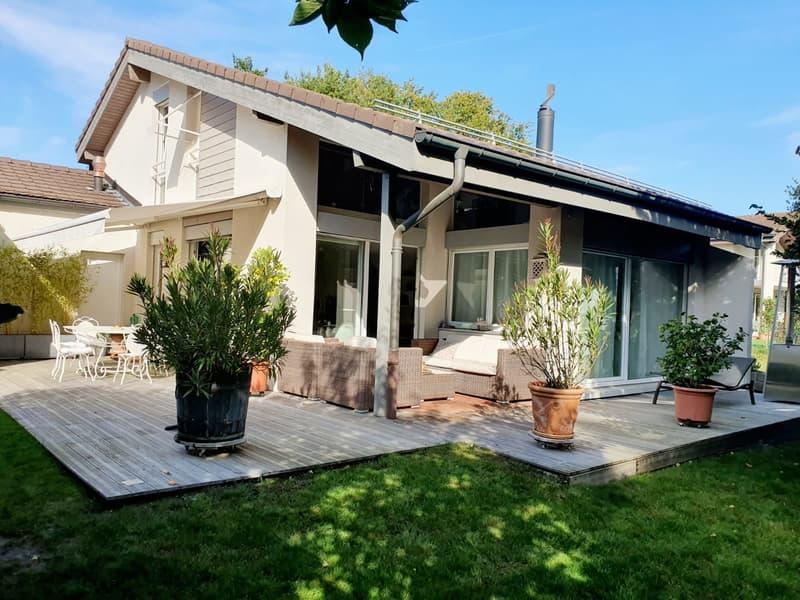 Magnifique villa avec jardin - 5 Chambres