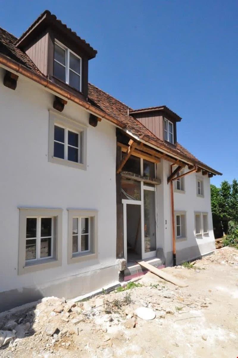 500 Jahre alte, 2 sorgfältig renovierte Taunerhäuser in Therwil