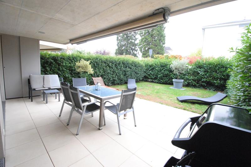 Appartement 2,5p avec terrasse.