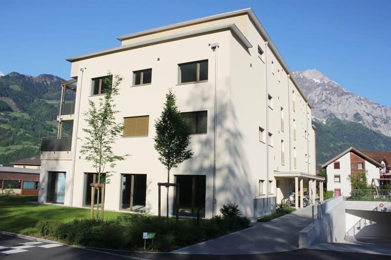 Gewerbe-Büroräumlichkeiten im Edelrohbau, Überbauung Weingarten