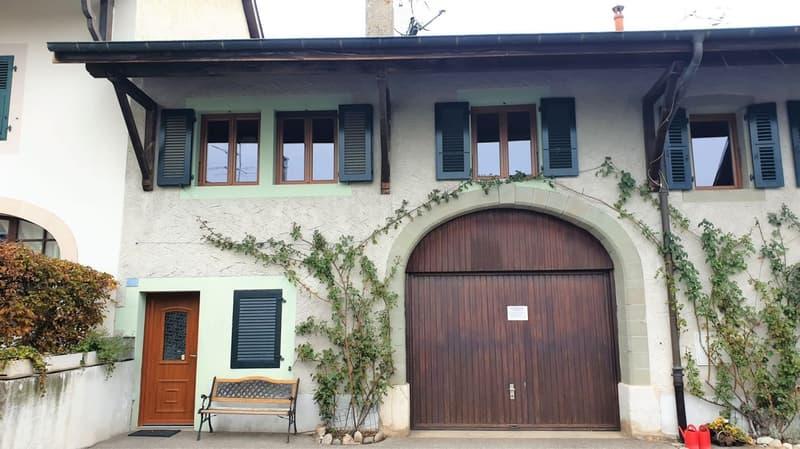 Maison de village sur 3 niveaux à Sezegnin