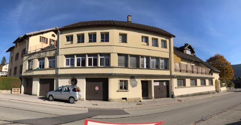 Bel immeuble de 10 appartements bien entretenus