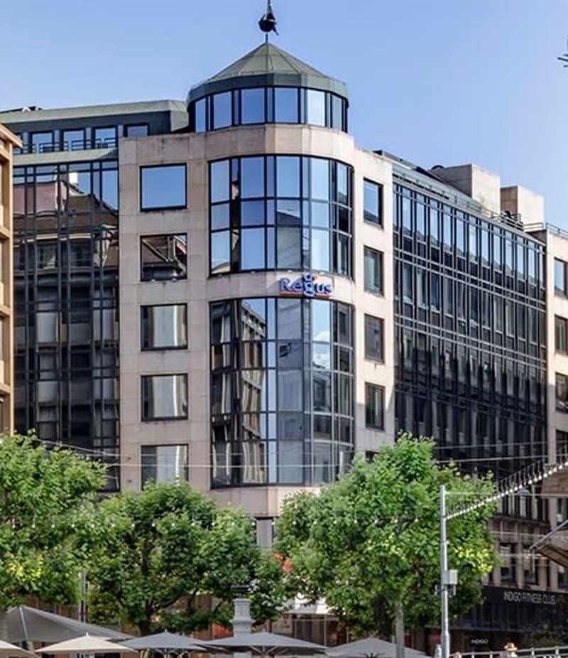 Bureaux à louer rue du Rhône divisible à partir de 340 m2, 3 ans maximum