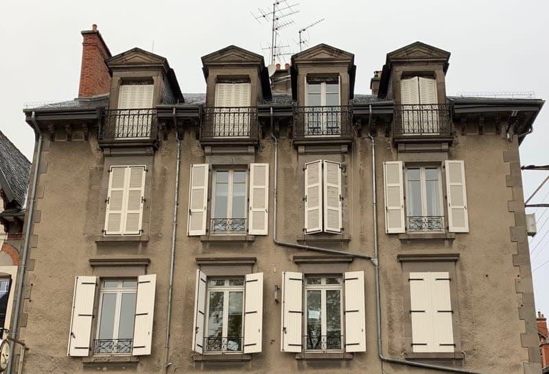 Dpt Cantal (15), à vendre AURILLAC appartement Standing duplex T7