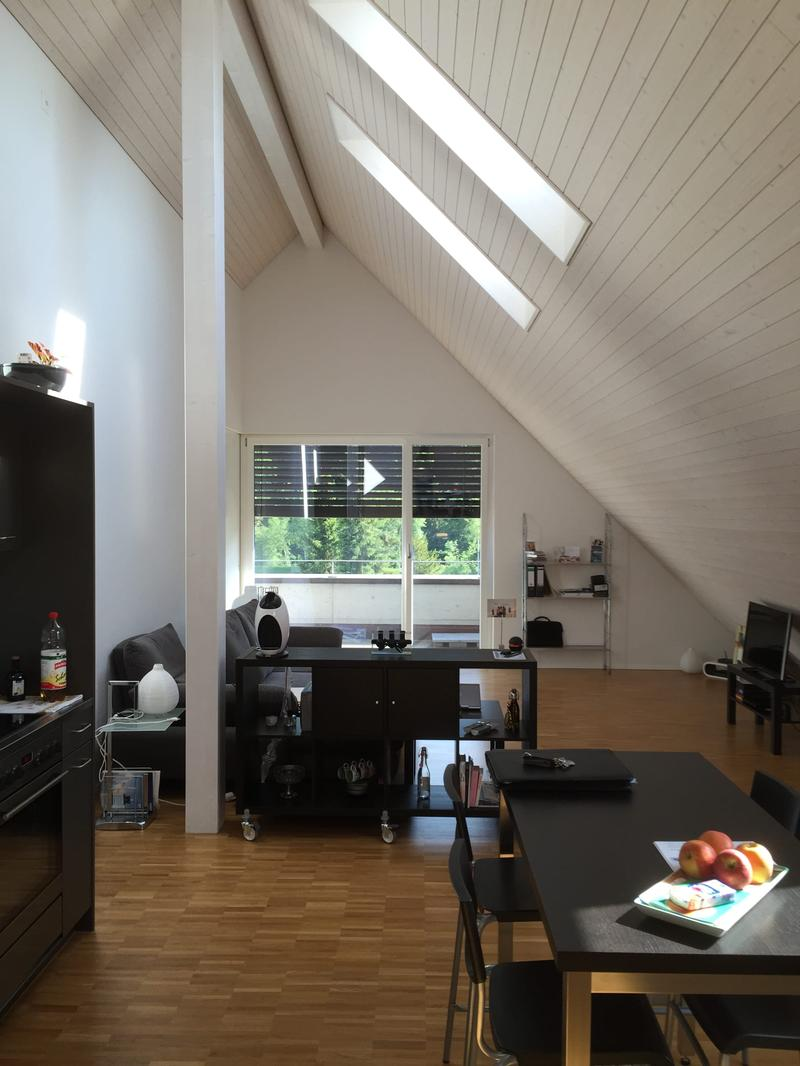 2 1/2 Zimmer Dachwohnung mit Studiobereich