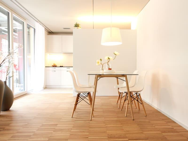 Essbereich mit Küche Musterwohnung