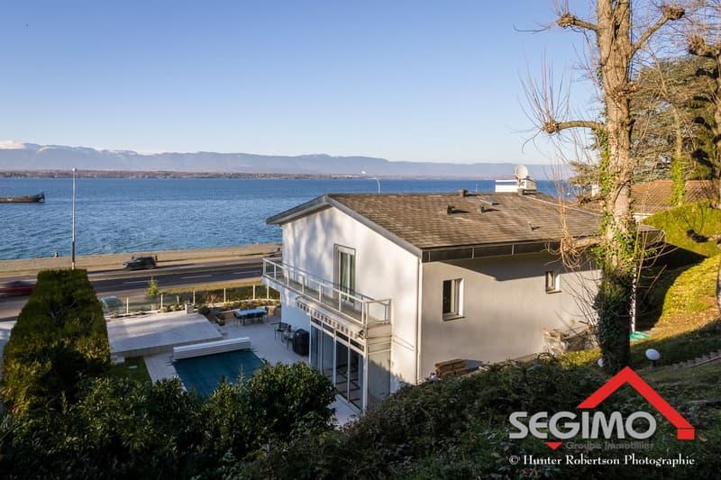 Villa individuelle, piscine et vue sur le lac