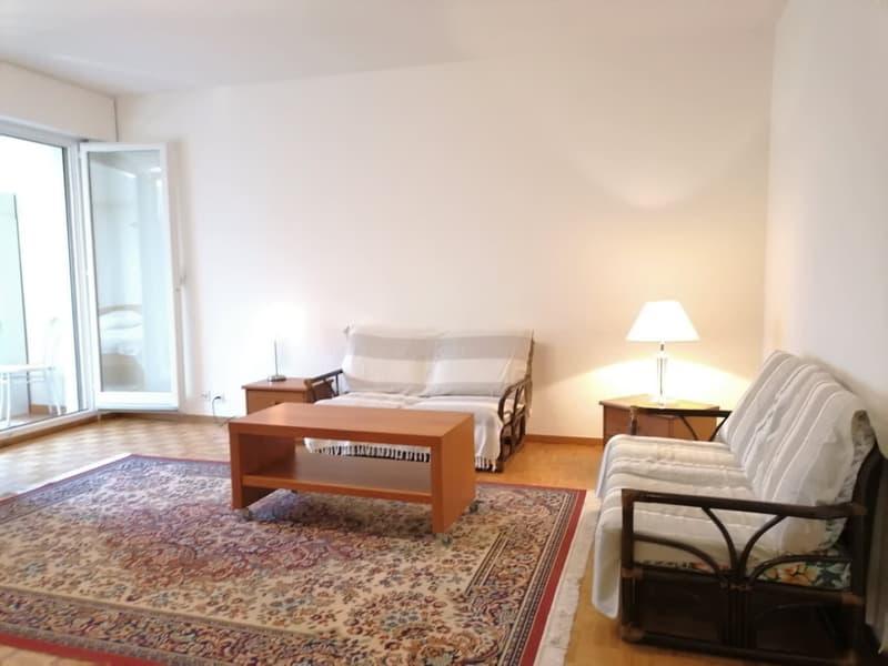 Appartement 2 pièces rénové avec piscine couverte