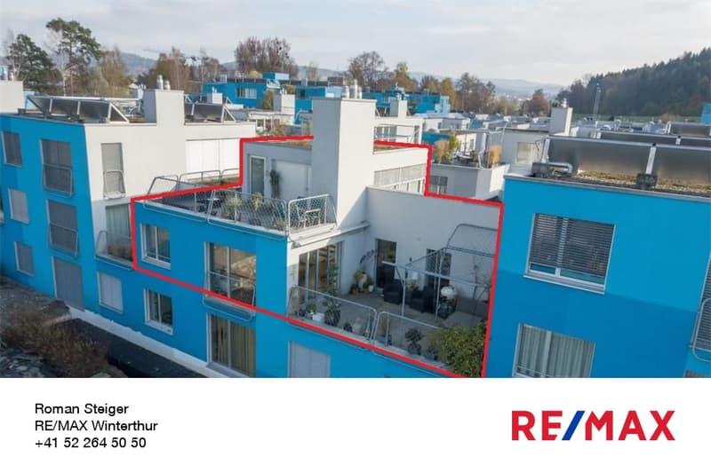 Moderne und helle 3.5-Zi.-Mais.-Wohnung im 1. und 2. OG mit gemütlichem Aussenraum mit Pergola sowie einer grossen, sonnigen Dac