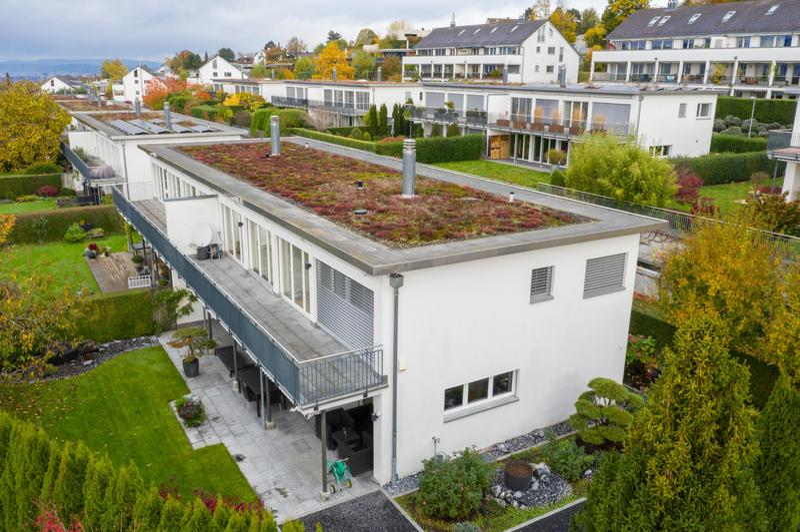 Luxuriöses Einfamilienhaus an Top-Lage mit viel Privacy (2)