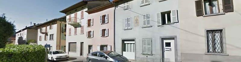Casa cielo/terra oltre annesso rustico da ristrutturare in centro Roveredo