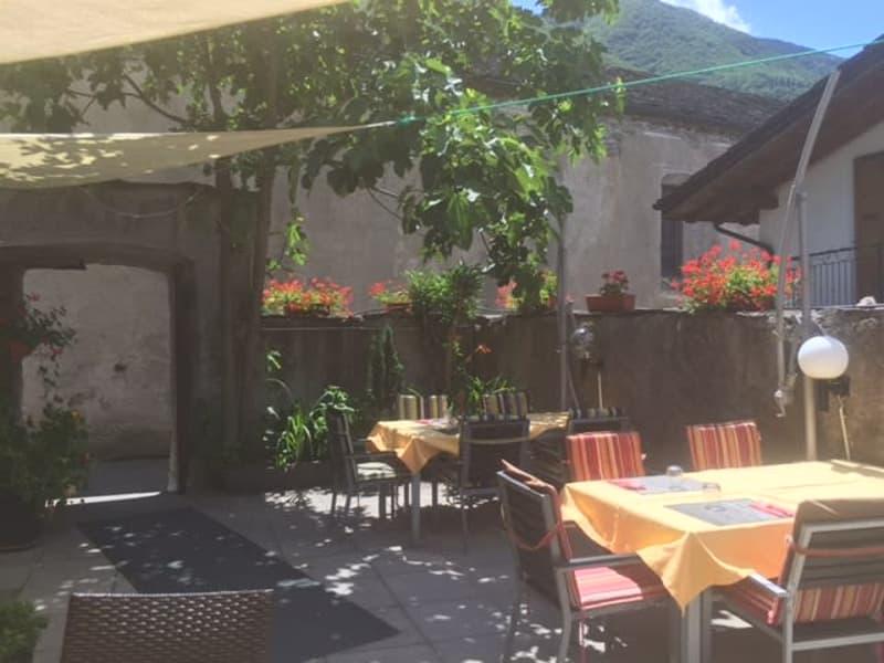 Ristorante e abitazione a Roveredo