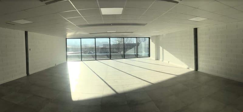 Vos locaux de 104 à 130 m2 Immeuble neuf à Monthey