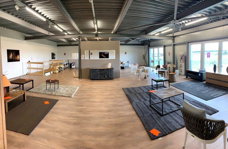 A SAISIR Vos locaux/bureaux à Assens, à louer 376 m2 divisibles